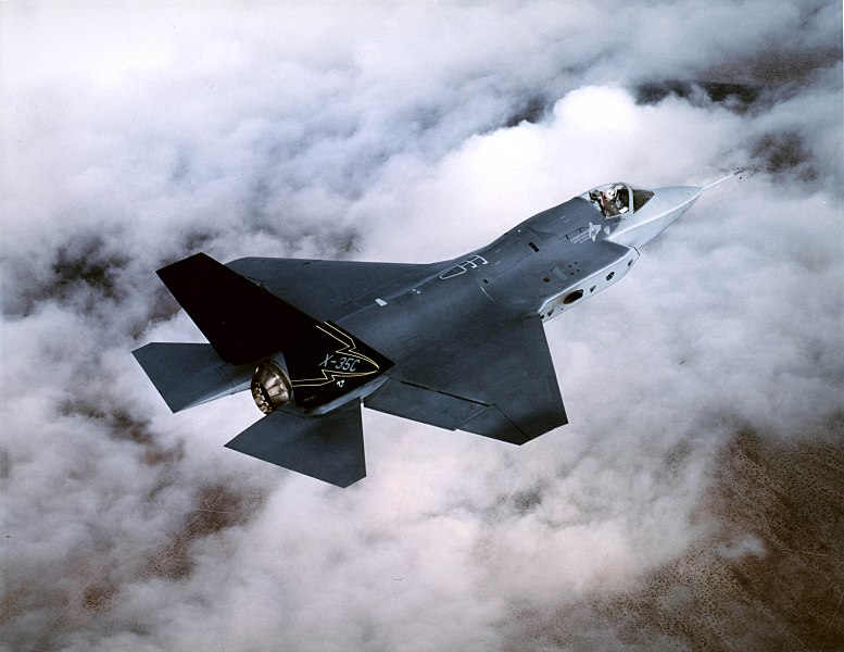 Singapore  is set to place an initial order for four F-35 fighter jets to the US for complete testing with the option of a subsequent eight. Photo courtesy: Wikimedia