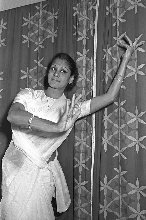 Madhavi Krishnan nas.edu.sg