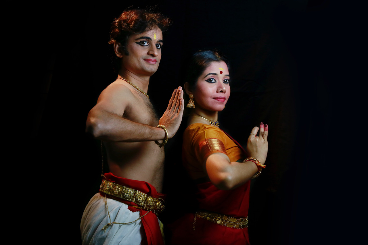 Dancing duo of PN Vikas and Sreeliji Sreedharan from SIFAS will explore the varied layers of bond between man and woman through their Bharatanatyam performance on May 11. Photo courtesy: Apsara Arts