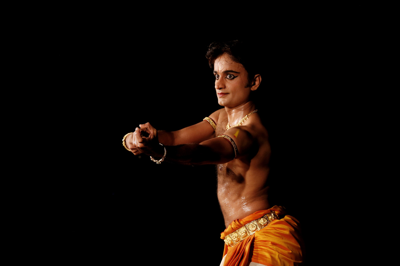 Vikas is a renowned Bharatanatyam exponent in Singapore associated with SIFAS. Photo courtesy: Apsara Arts