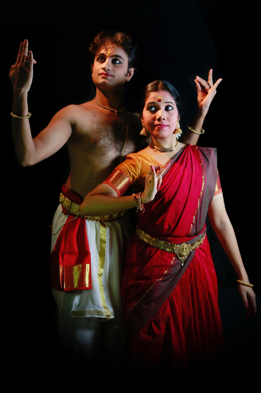 Bharatanatyam presentation 'Samyoga' will bring out the various emotions which are reflected through the love of a man and woman. Photo courtesy: Apsara Arts