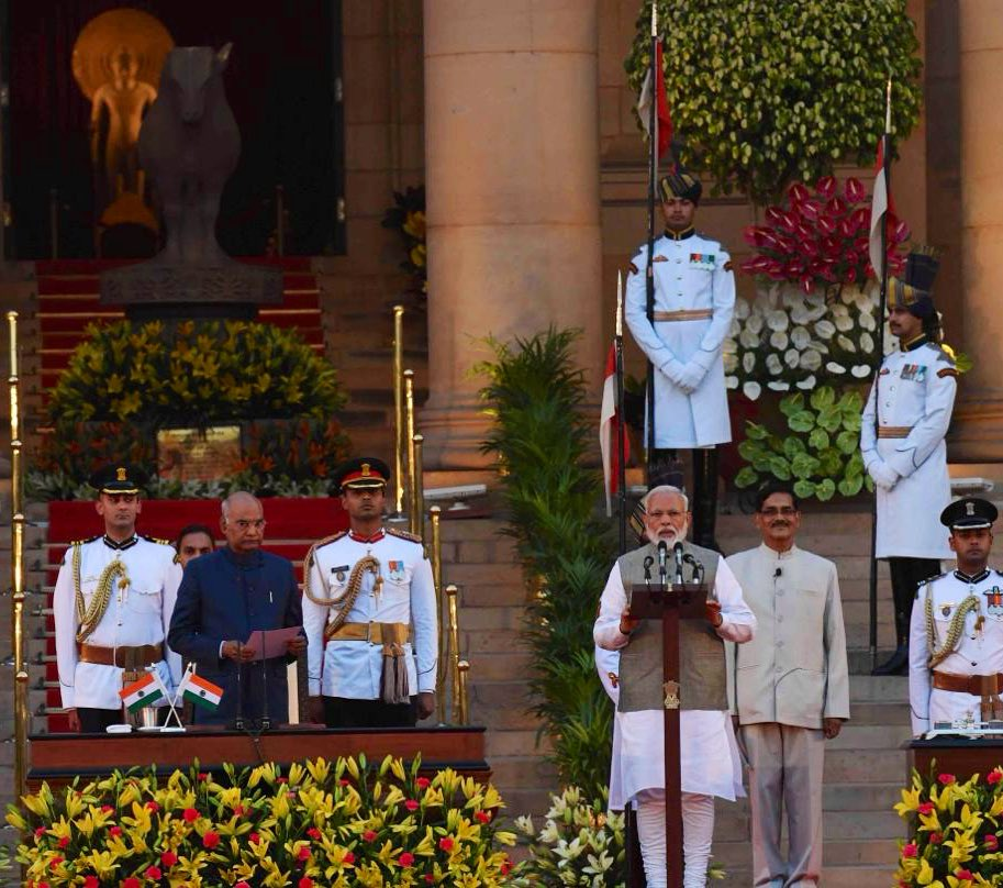 President of India Ram Nath Kovind administering the oath of office and secrecy to Prime Minister Narendra Modi at the Rashtrapati Bhavan in presence of foreign leaders and distinguished guests. Photo courtesy: Twitter@/MEAIndia