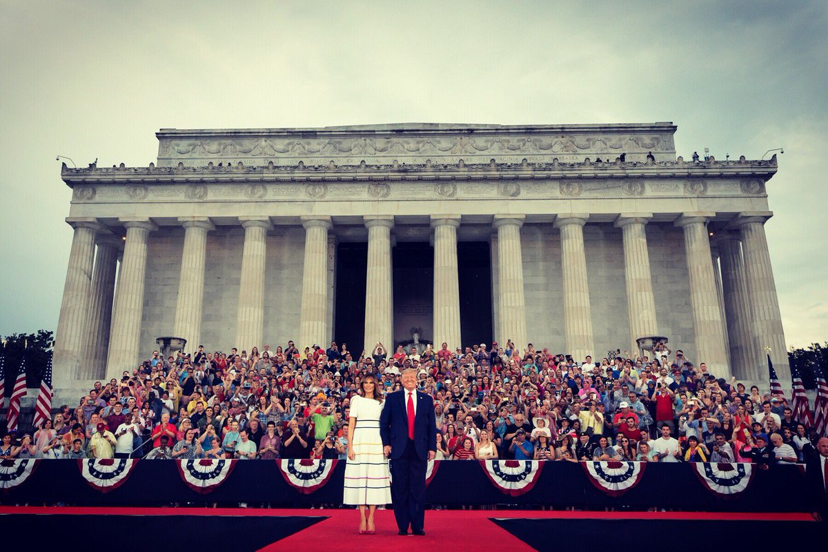 Us President Donald Trump and First Lady Melania Trump at the Lincoln Memorial. Photo courtesy: Twitter/@FLOTUS