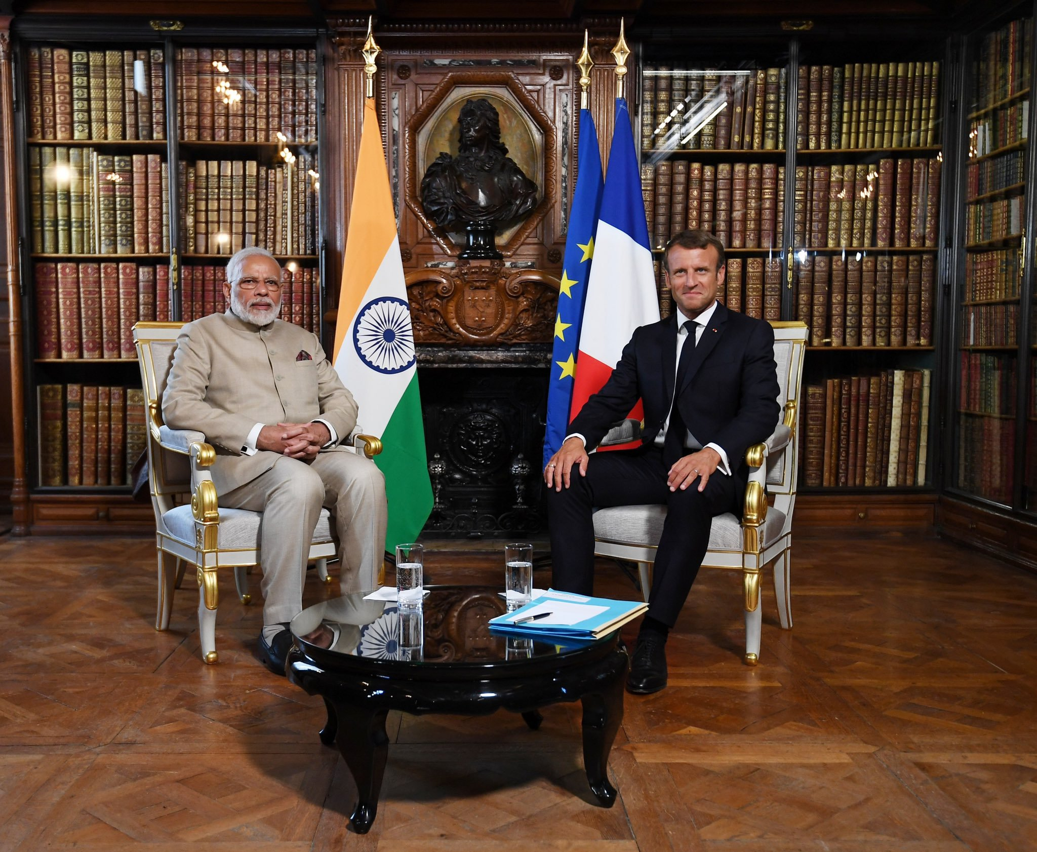 Narendra Modi had an over 90 minute meeting with French President Macron. Photo courtesy: Twitter/@narendramodi