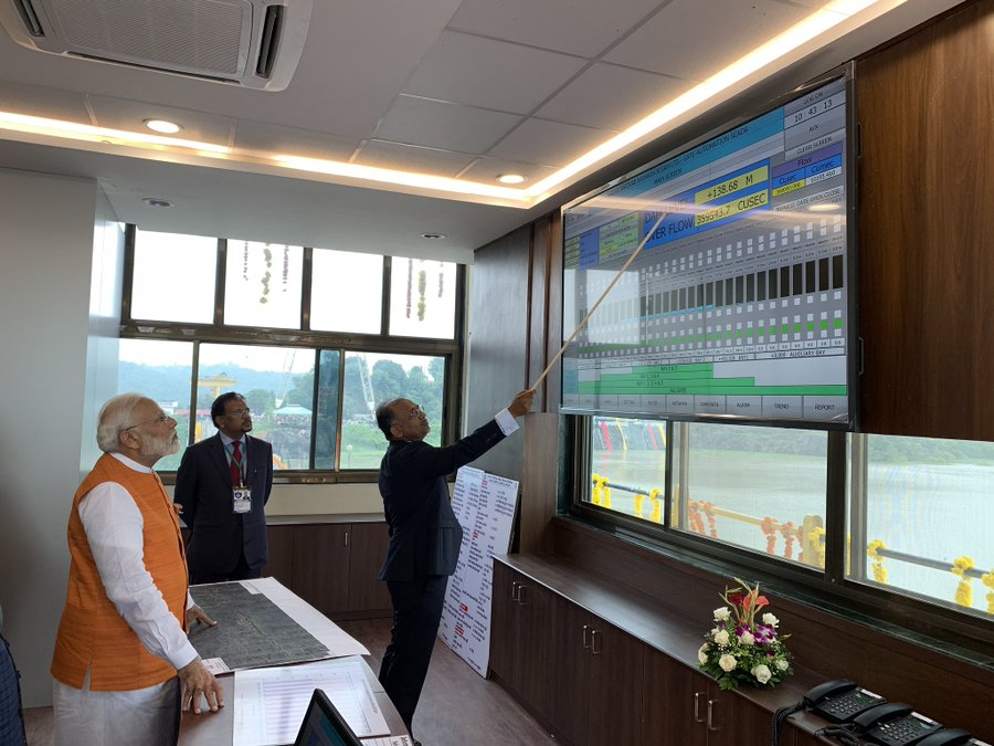 PM Modi at the control room for the Sardar Sarovar Dam. Photo courtesy: Twitter/@PMOIndia
