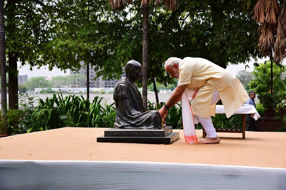 PM Modi will also inaugurate the Gandhi Solar Park in New York. File photo courtesy: Facebook/Narendra Modi