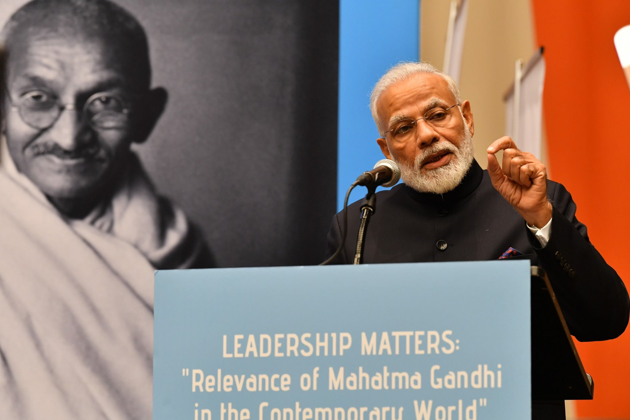 Narendra Modi speaking about Mahatma Gandhi in New York. Photo courtesy: Twitter/@narendramodi