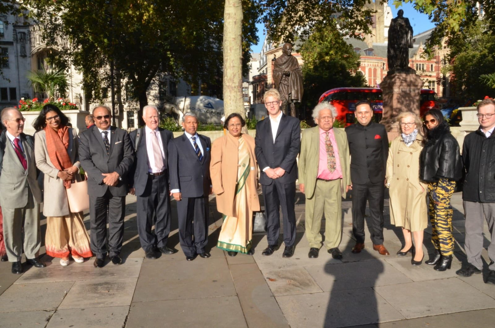 HC  @RuchiGhanashyam , along with Peers, MPs, Senior Deputy Speaker  @UKHouseofLords , Lord McFall, Baroness Blackstone paid tribute at the statue of #MahatmaGandhi at #parliamentsquare. The event was organised by Lord Meghnad Desai