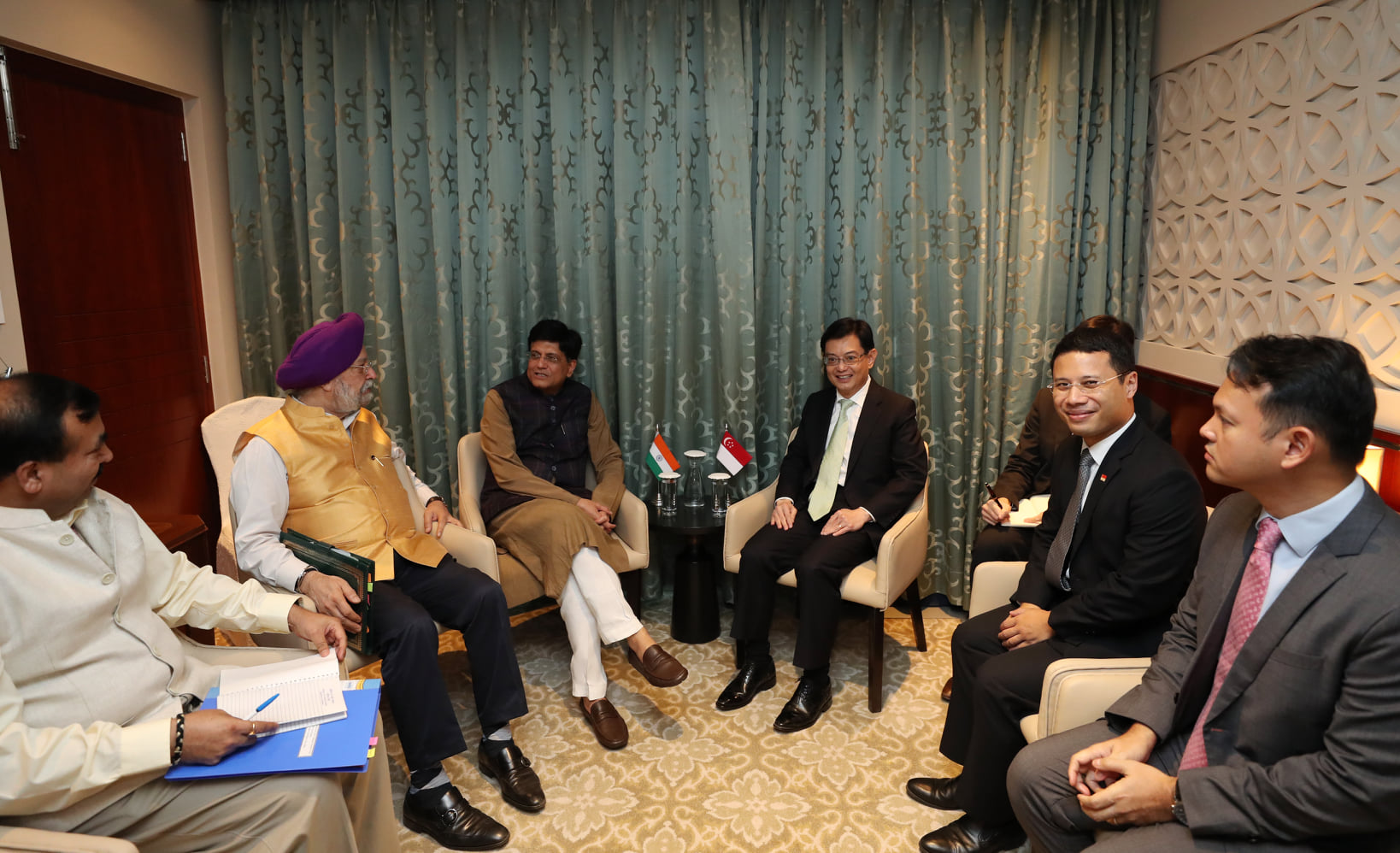 Singapore's DPM Heng Swee Keat meeting foreign counterparts Minister of Railways, and Minister of Commerce and Industry of India Piyush Goyal and Ministry of State (Independent Charge) Civil Aviation, Housing & Urban Affairs and Commerce & Industry Hardeep Singh Puri at the sidelines of India Economic Summit. Photo courtesy: MCI, Fyrol