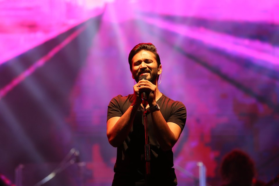 Popular Bollywood singer and music composer Amit Trivedi will make his Singapore debut at Kalaa Utsavam 2019. Photo courtesy: Facebook/Amit Trivedi