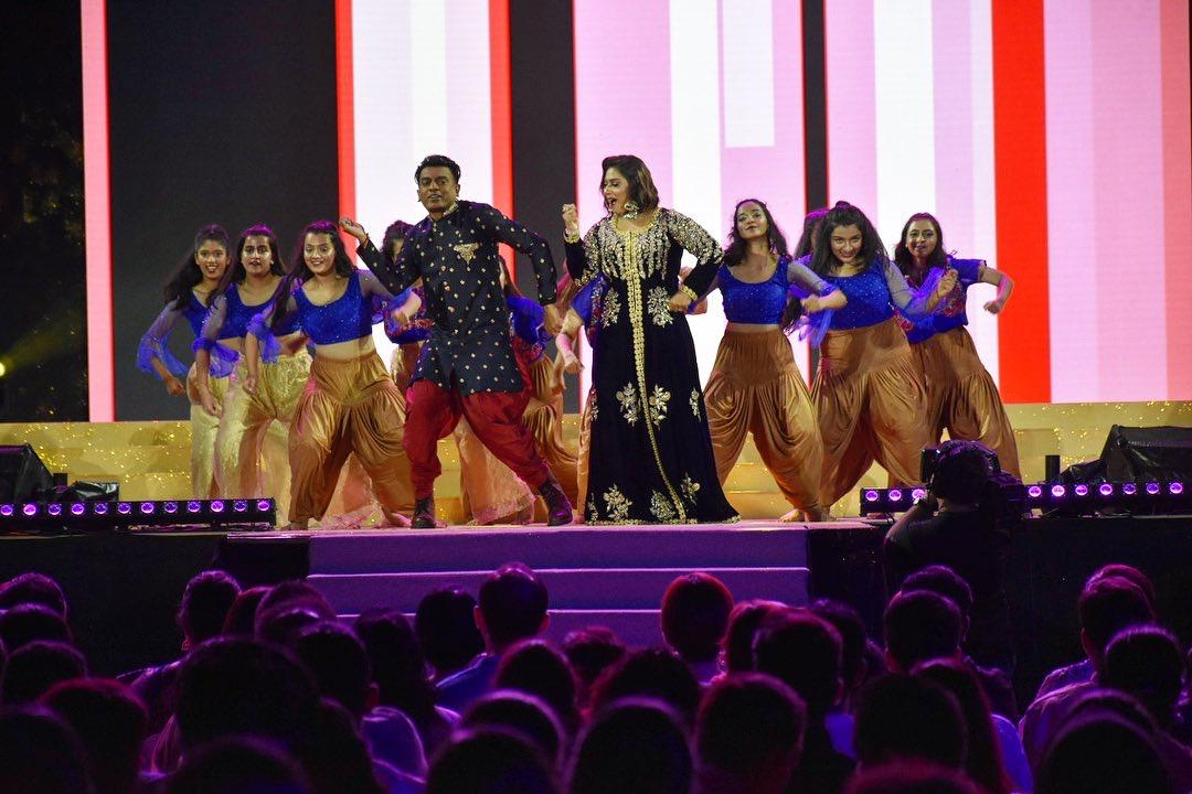 Amarkala Deepavali 2019 was a visual feast of colourful costumes and breathtaking performances by Vasantham artistes and dance groups. Photo courtesy: Mediacorp