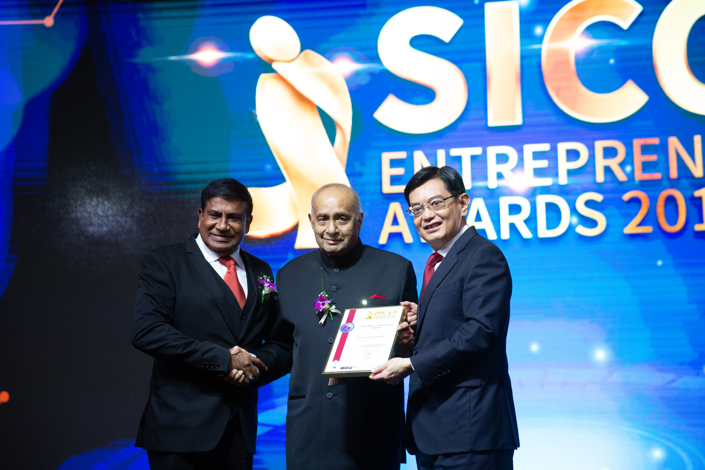 SICCI Entrepreneur Awards 2019 Lifetime Achievement Awarded to  P Mr. Ameerali R. Jumabhoy. Photo Courtesy: SICCI