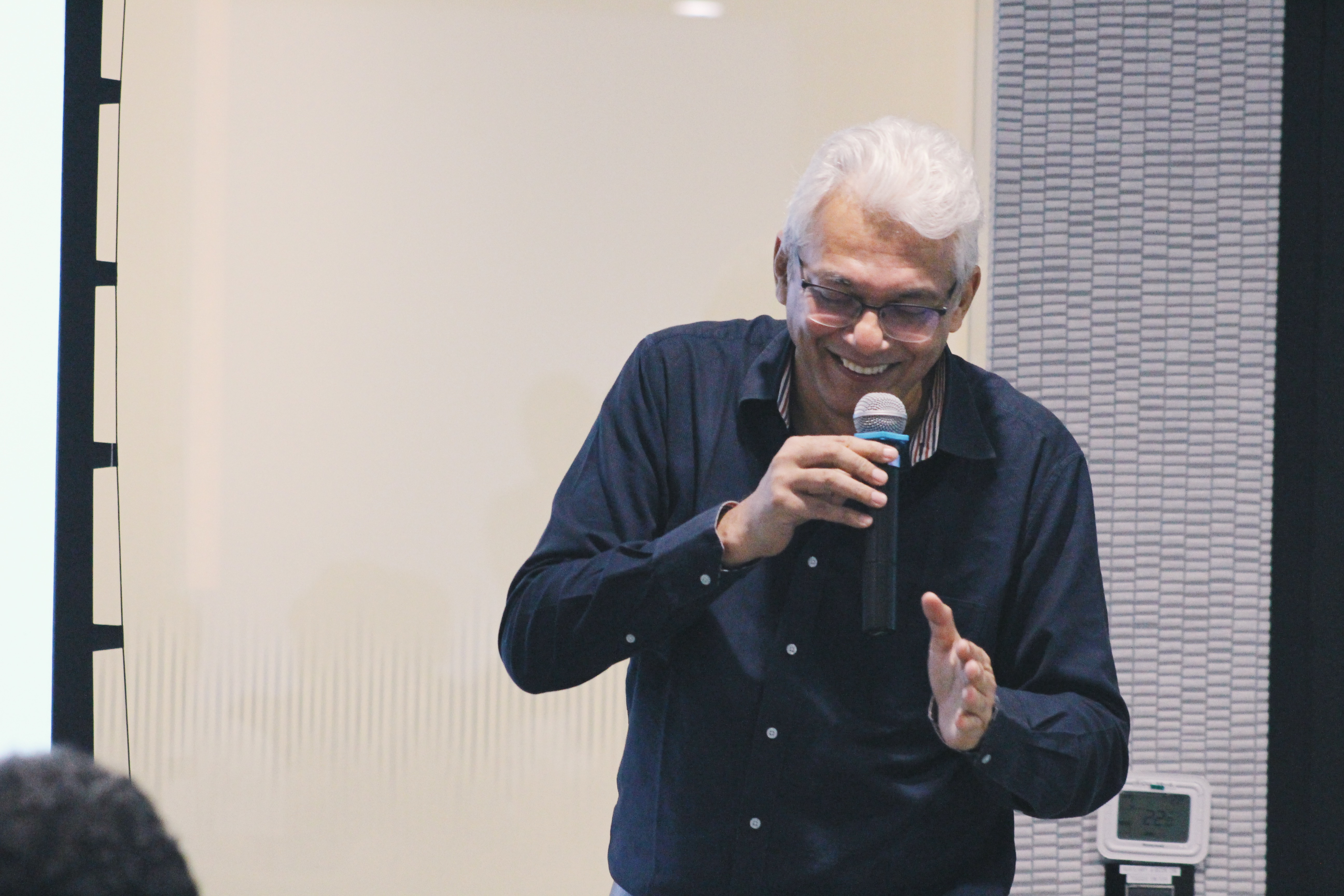 India's leading sports media man, Joy Bhattacharjya, was back in town as quiz master for Mind Amaze for the fourth time. Photo: Connected to India
