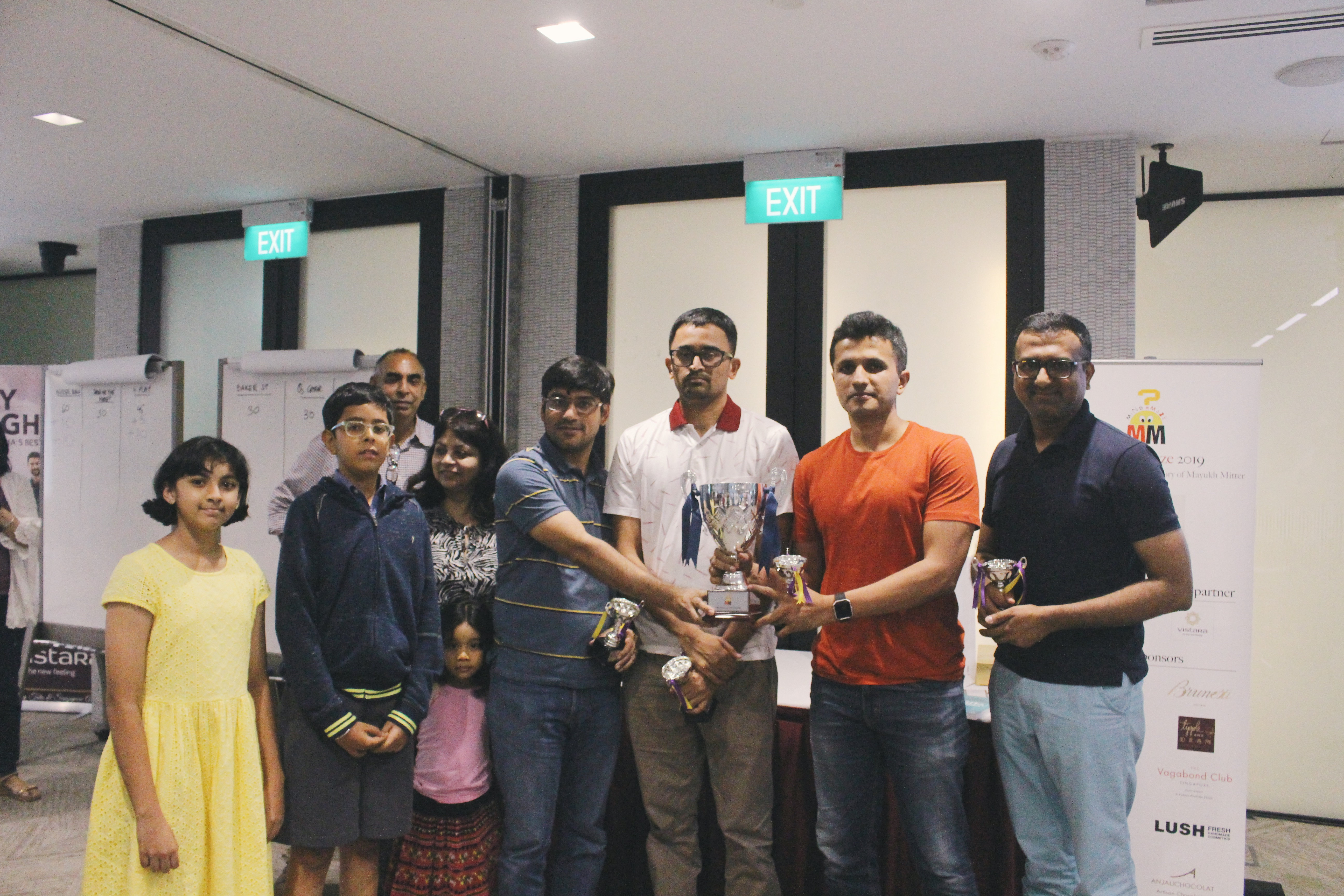 (Third from left) Rohit Brijnath, Straits Times assistant sports editor, Swapna Mitter, and members of Ageing Bulls Aadisht Khanna, Swami Ganesh, Pradeep Ramarathnam, Mukund Sridhar. Photo: Connected to India
