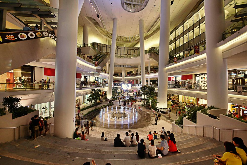 Opened in September 2012, The Star Vista comprises three levels of retail space with a net lettable area of about 162,500 square feet. Photo courtedy: Capitaland