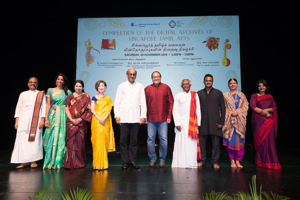 Minister for Communications and Information S Iswaran and Senior Minister Tharman Shanmugaratnam with the heads of digital archives (from left) Subramaniam Nadaison; Sushma Somasekharan; Chitra Sankaran; Tan Huism, Director, National Library Singapore; Ganesh Subramania; Arun Mahizhnan; Lavanya Balachandran and Sharmini Chellapandi. Photo courtesy: Iswaran FB