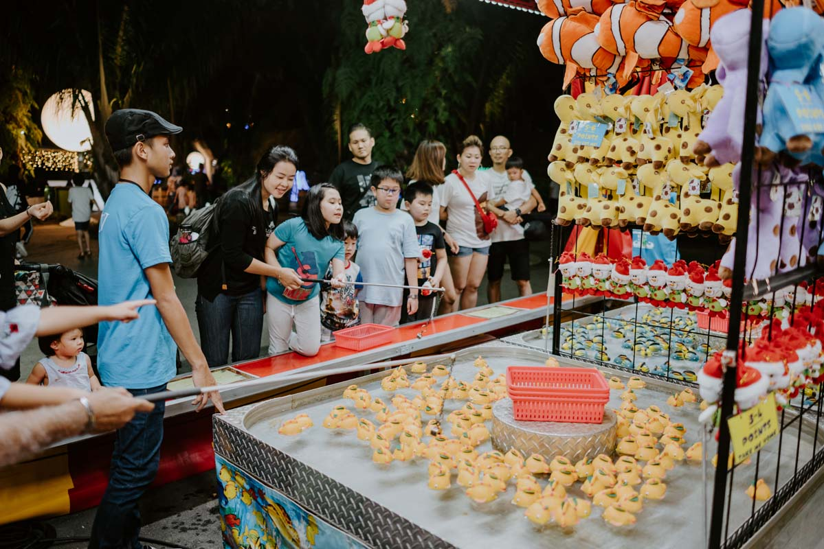 18 traditional carnival games and rides are available throughout the fairground, for the little ones, and the child in you! Photo courtesy: Christmas Wonderland