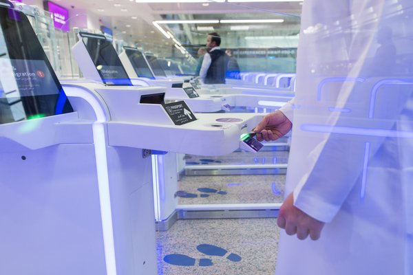 Together the automated biometric iris scan system, smart gates and a smart tunnel are systems that will enable a faster flow of passengers at the Dubai airports.