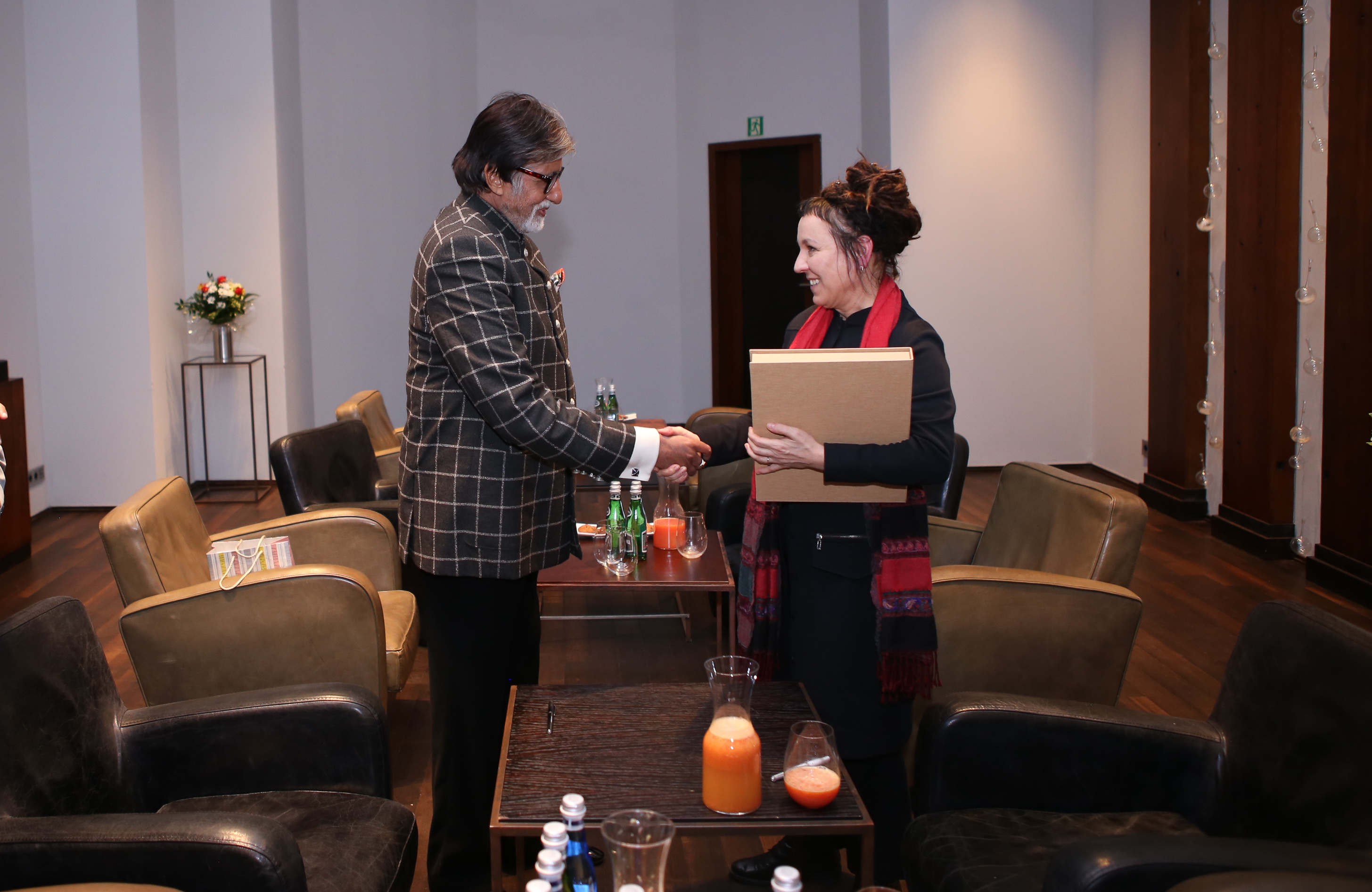 Amitabh Bachchan met Nobel Prize winner for Literature Olga Tokarczuk on a recent visit to Poland