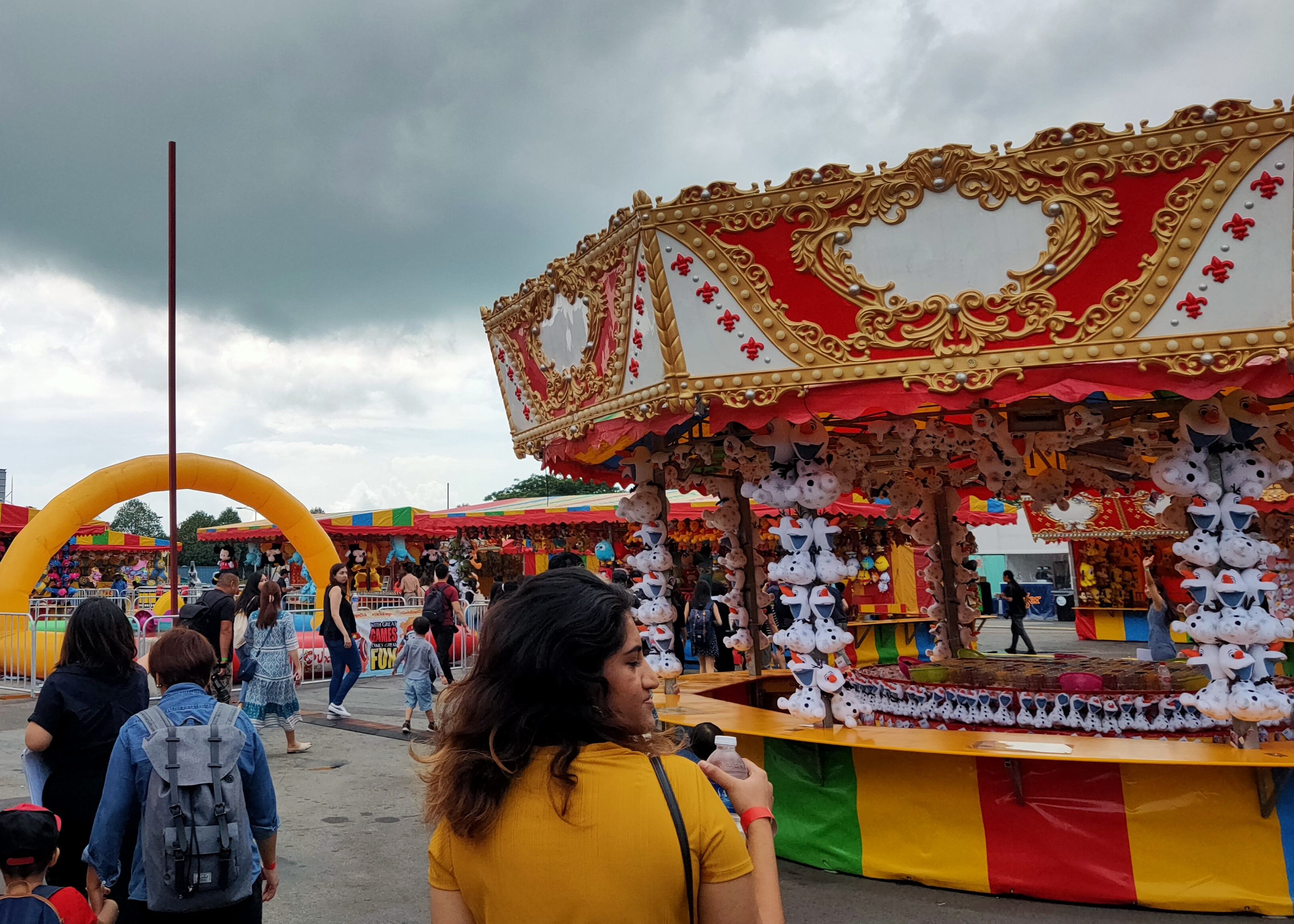 With over 50 stalls of street food and carnival games such as bumper cars, carousel, flying chairs where you can win all sizes of plush toys it makes for a fun family outing. Photo Credit: Connected to India