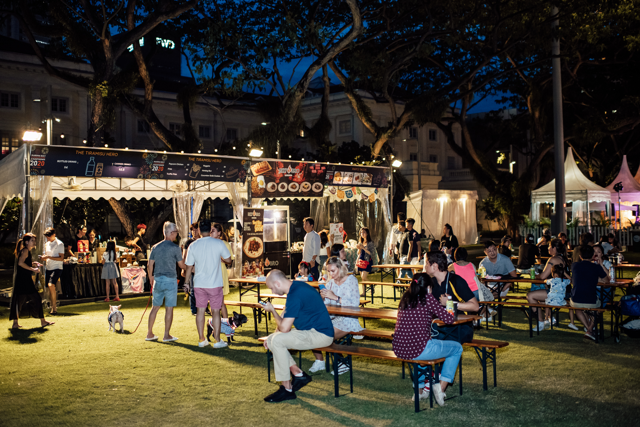 Multiple fringe activities at the Marina Bay Sands Countdown included spaces where the public can mingle and enjoy delectable food options. Pets are welcome to join in the celebrations too! Photo courtesy: Urban Redevelopment Authority