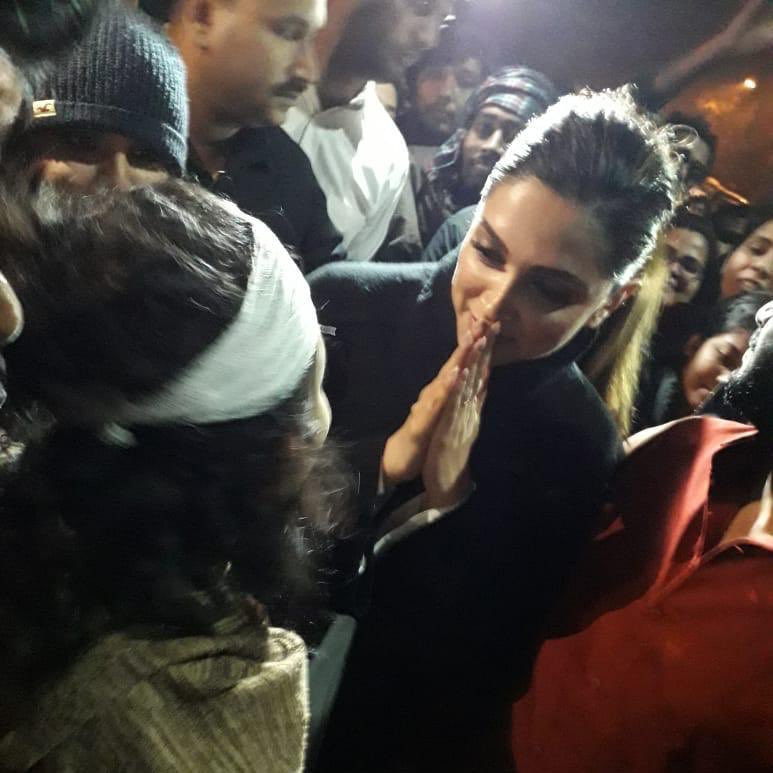 Actress Deepika Padukone met JNUSU president Aishe Ghosh two days after the mob attack on the university's campus. Photo courtesy: Twitter