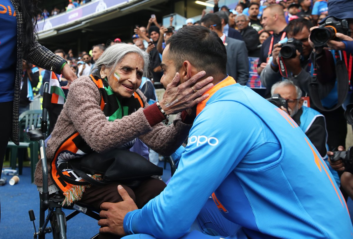 87-year-old Charulata Patel had met Virat Kohli and Rohit Sharma at Edgbaston during a league fixture at the 2019 ICC World Cup. Photo courtesy: Twitter/@ImVKohli