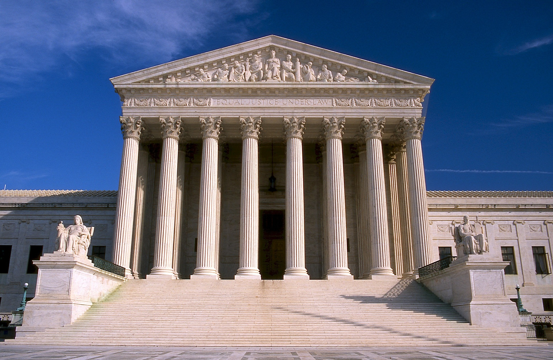 The US Supreme Court judges voted 5-4 to allow President Trump's public charge rule. Photo courtesy: Pixabay