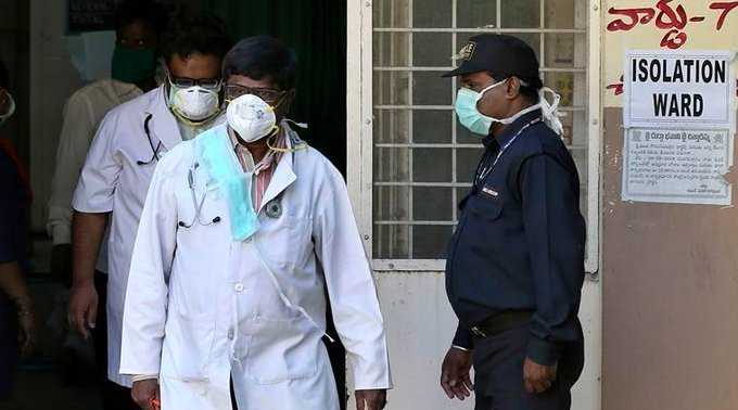 The All India Food and Drug Licence Association (AFDLH) had sought a ban on the export of surgical and N95 masks as they were not available in local markets.