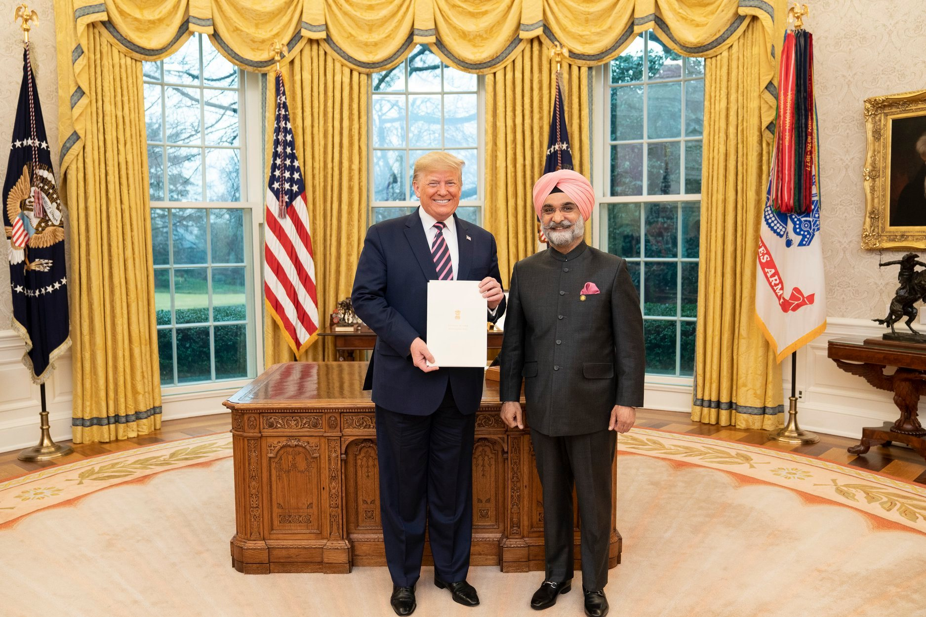Ambassador Sandhu conveyed the greetings from the President and PM of India to President Trump and the First Lady. ​