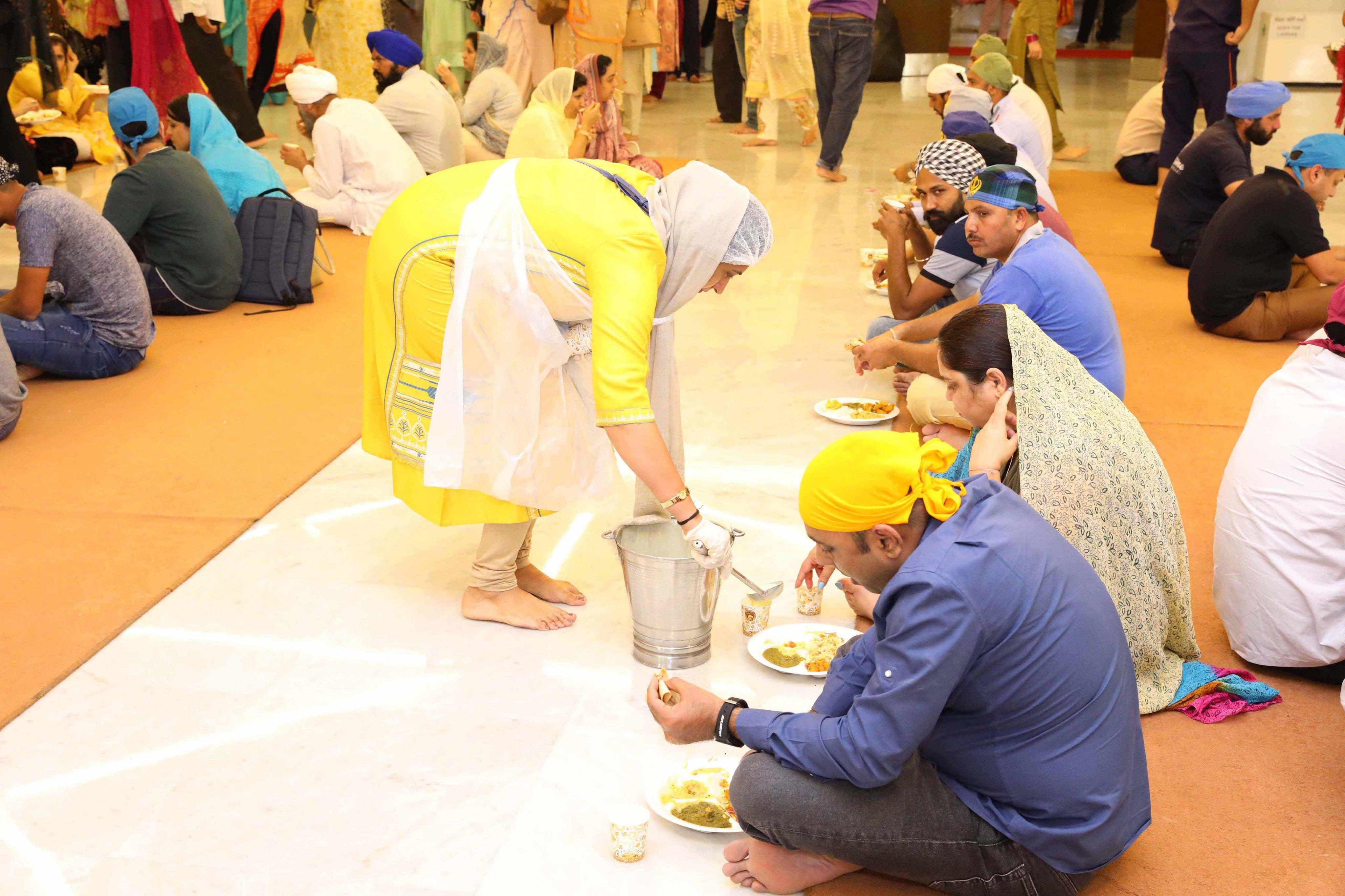 Langar at Gurudwara in UAE. Photo Courtesy: Guru Nanak Gurudwara UAE
