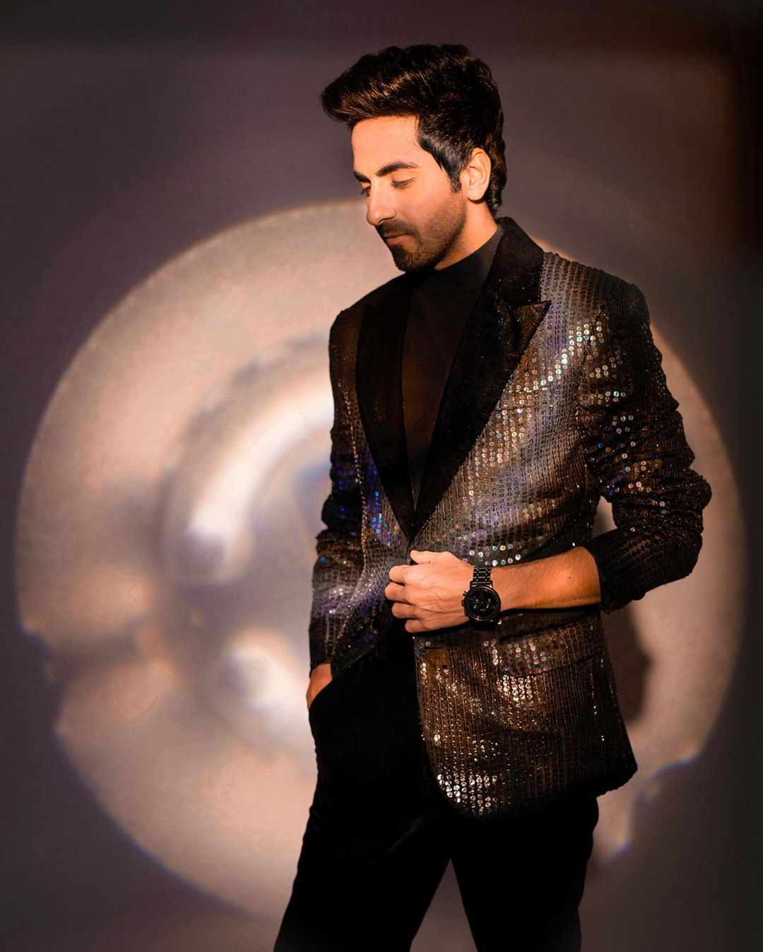 Ayushmann Khurrana, recently seen in 'Shubh Mangal Zyada Saavdhan', was honoured with the award for 'Best Entertainer of the Year' at Zee Cine Awards 2020. Photo Courtesy: Twitter