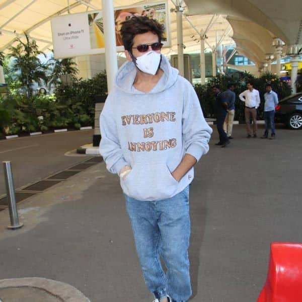 The socially responsible actor tweeted his masked look recently. Photo Courtesy: Twitter