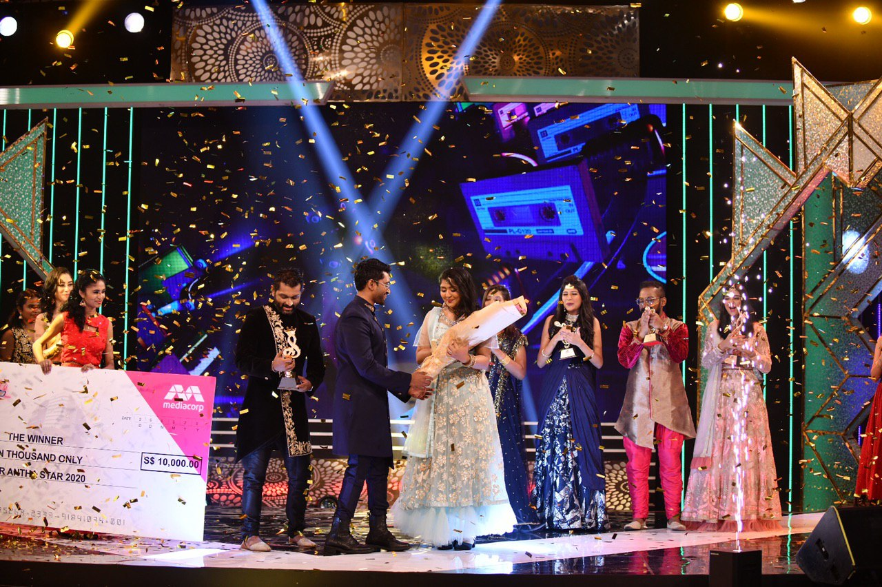 The confetti shower as Meenakshy is crowned winner of YAS 2020. Photo Courtesy: Vasantham