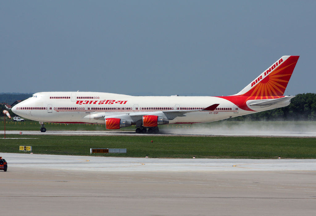 Air India to operate 64 flights between May 7 and 13 to bring back stranded Indians. Photo courtesy: Mulag on Wikimedia