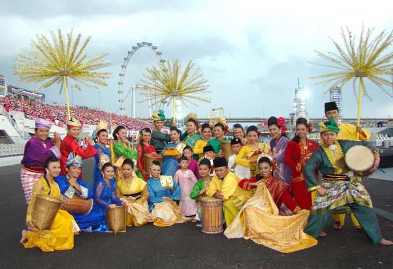 Sri Warisan Som Said Performing Arts Ltd for Malay Dance, Dikir Barat, Wayang Kulit, Bangsawan. Photo Courtesy: Sri Warisan