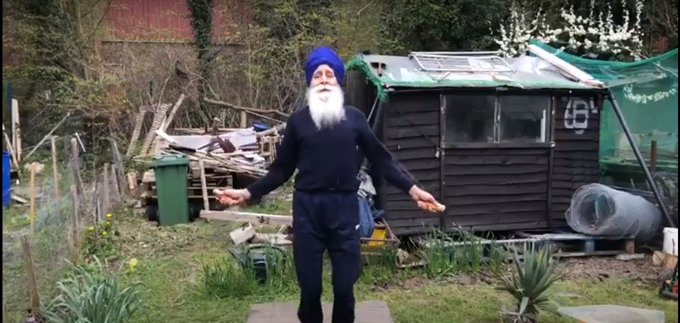 73-year-old Rajinder Singh has been honoured by PM Boris Johnson for raising funds for NHS. Screengrab: YouTube