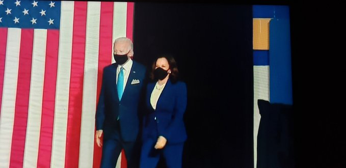 The candidates wore masks and maintained physical distance during their speeches.