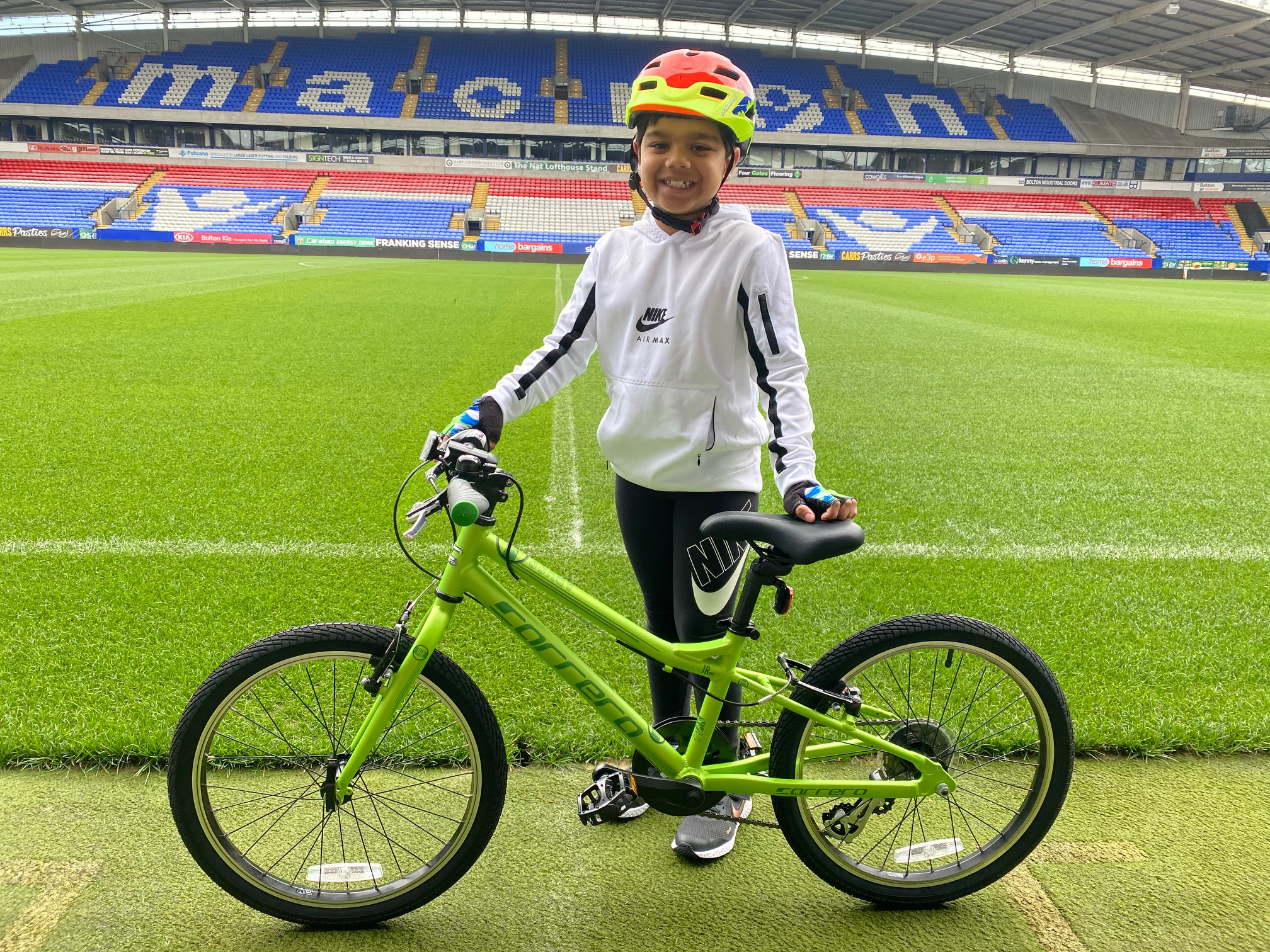 Combining his two favourite hobbies in the #FitforLit fundraising challenge, Milan cycled 50 laps a day – one lap for every book he read during lockdown – around the University of Bolton Stadium  till he reached the set target.