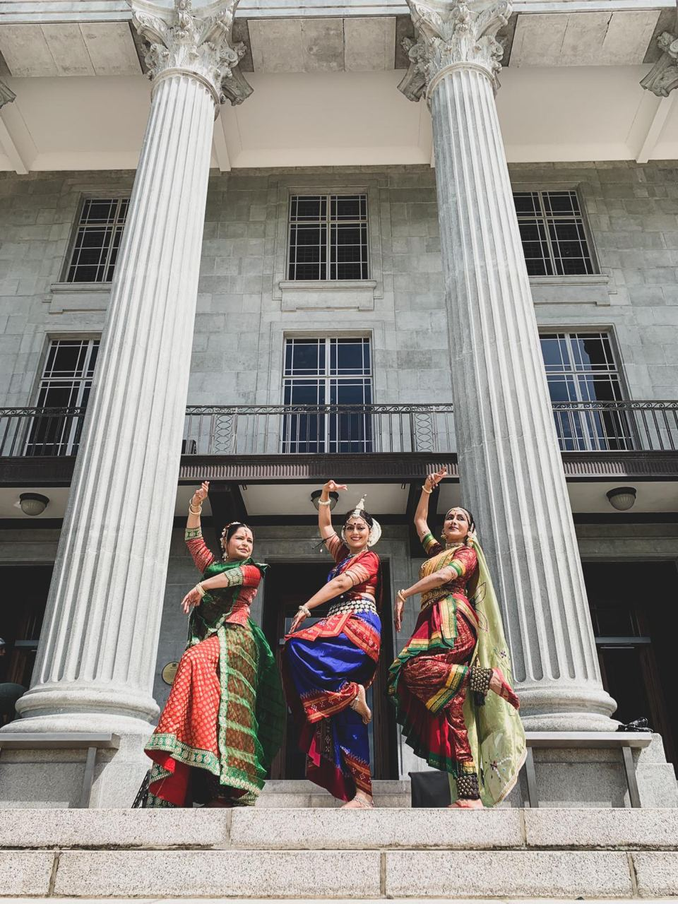 Motherhood presents Kaikeyi, Kausalya and Sumitra - the three wives of King Dasharatha and the mothers of Rama and his brothers through Kathak, Oddisi and Kuchipudi by Pallavi Sharma, Chitra Shankar and Shanta Ratii. Photo Courtesy: IHC