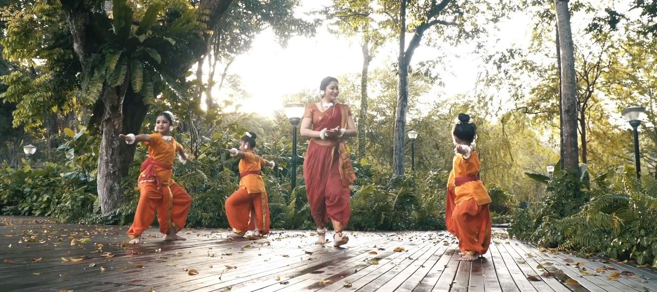 Ramayana Retold: Warriors in the making by Gayathri Dance Academy. Photo Courtesy: IHC
