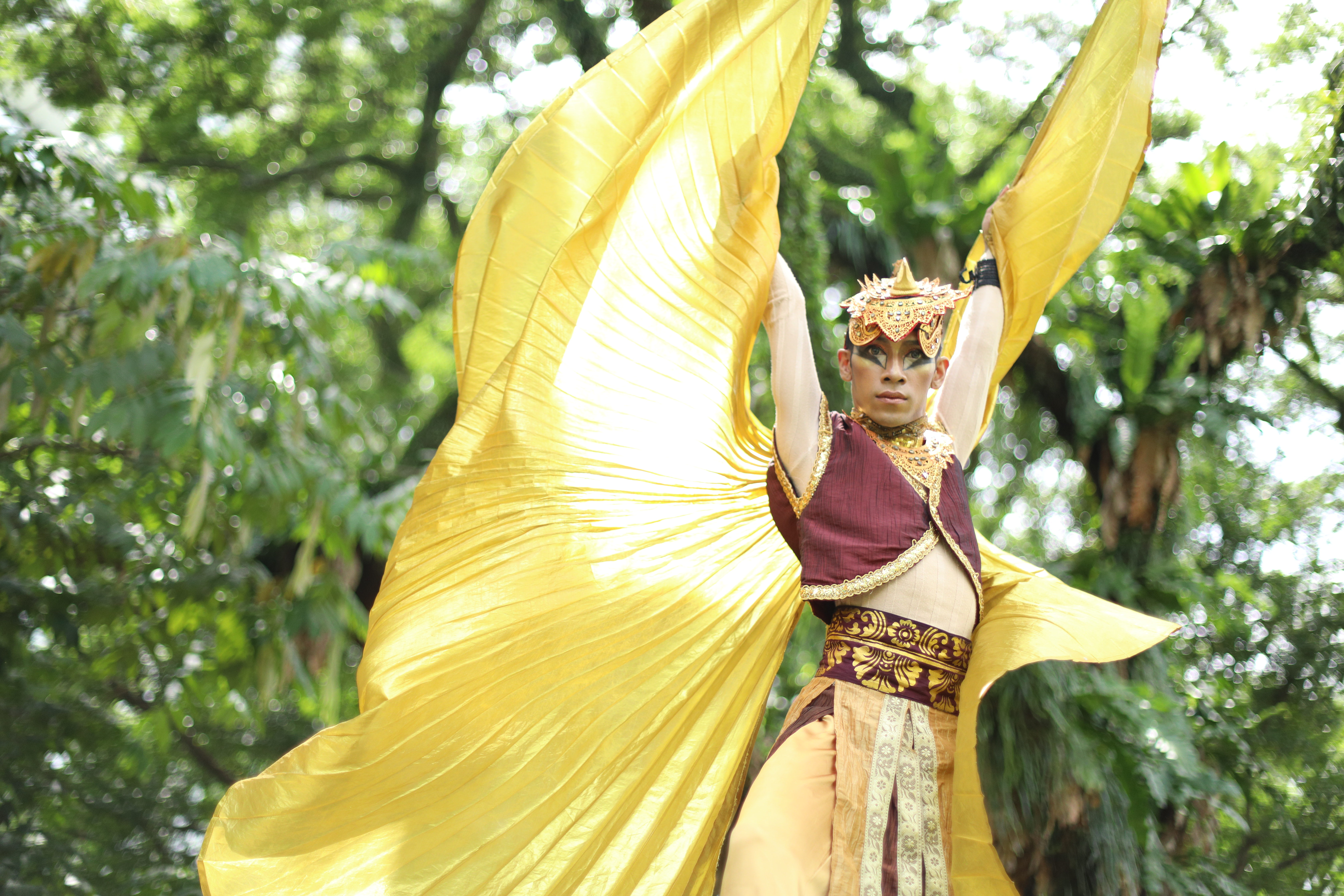 Mohammed Sharul uniquely identified the movements for the mystical bird Jatayu through his Malay dance practice. Photo Courtesy: MDT
