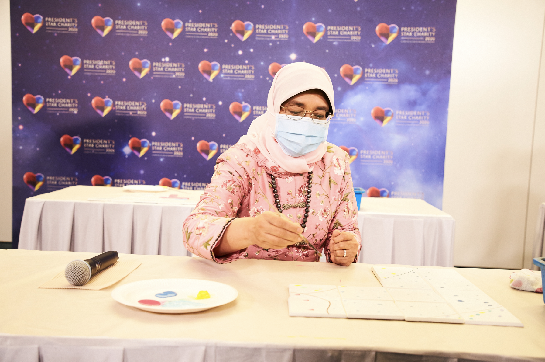 A highlight of PSC2020 was a tile-painting segment by President Halimah Yacob. Photo courtesy: Mediacorp