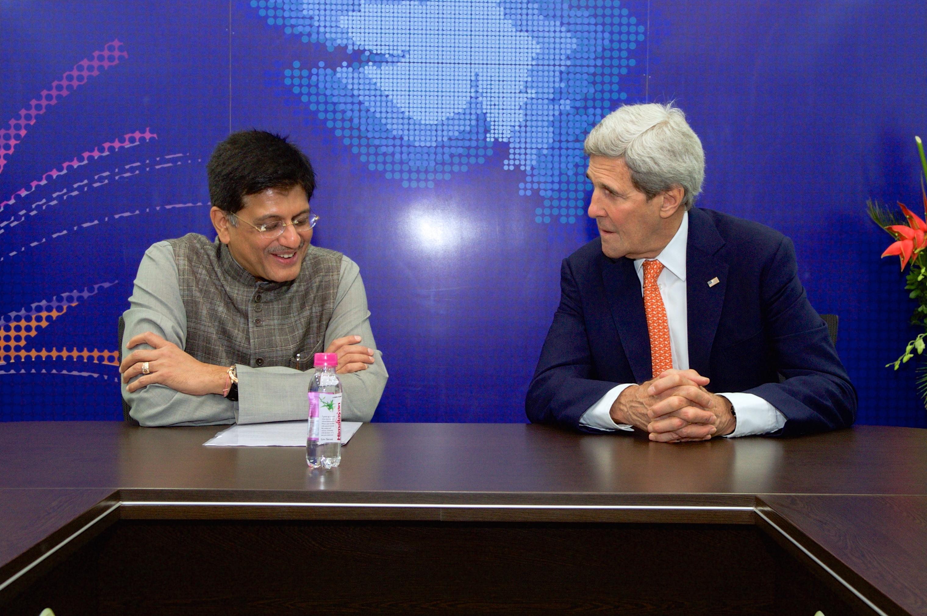 Commerce and Industry Minister Piyush Goyal (left) with former US Senator John Kerry. Photo courtesy: Wikimedia