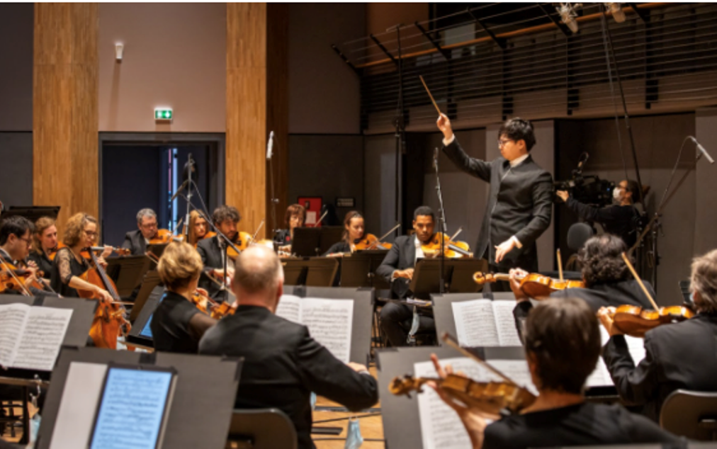 The festival's finale will be the Orchestre National d'Île-de-France (National Orchestra of Paris Region) conducted by Kahchun Wong. Photo courtesy: Kira Vygrivach