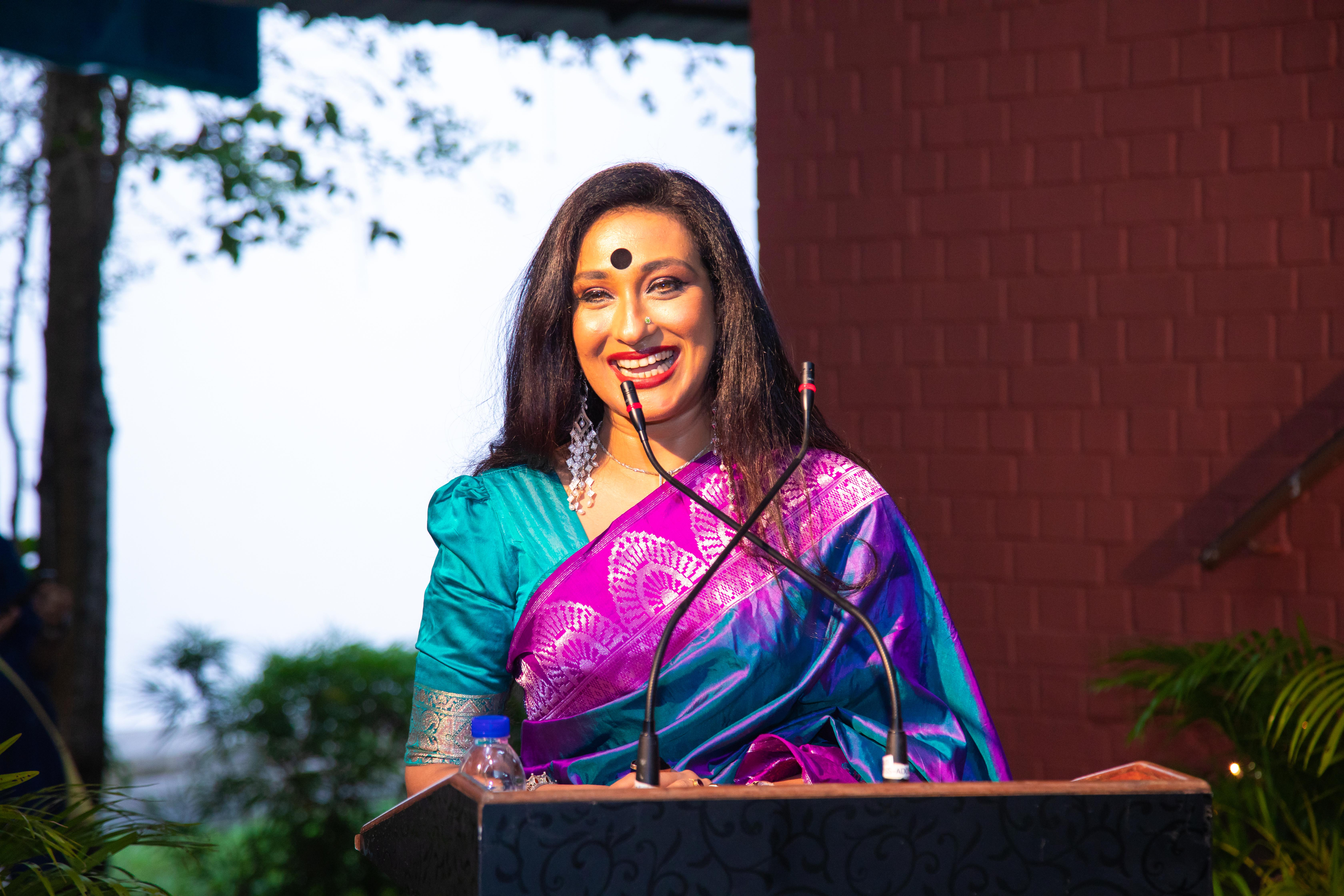Celebrated Begali actress Rituparna Sengupta was Guest of Honour at SIFAS Deepavali Sangamam. Photo Courtesy: SIFAS