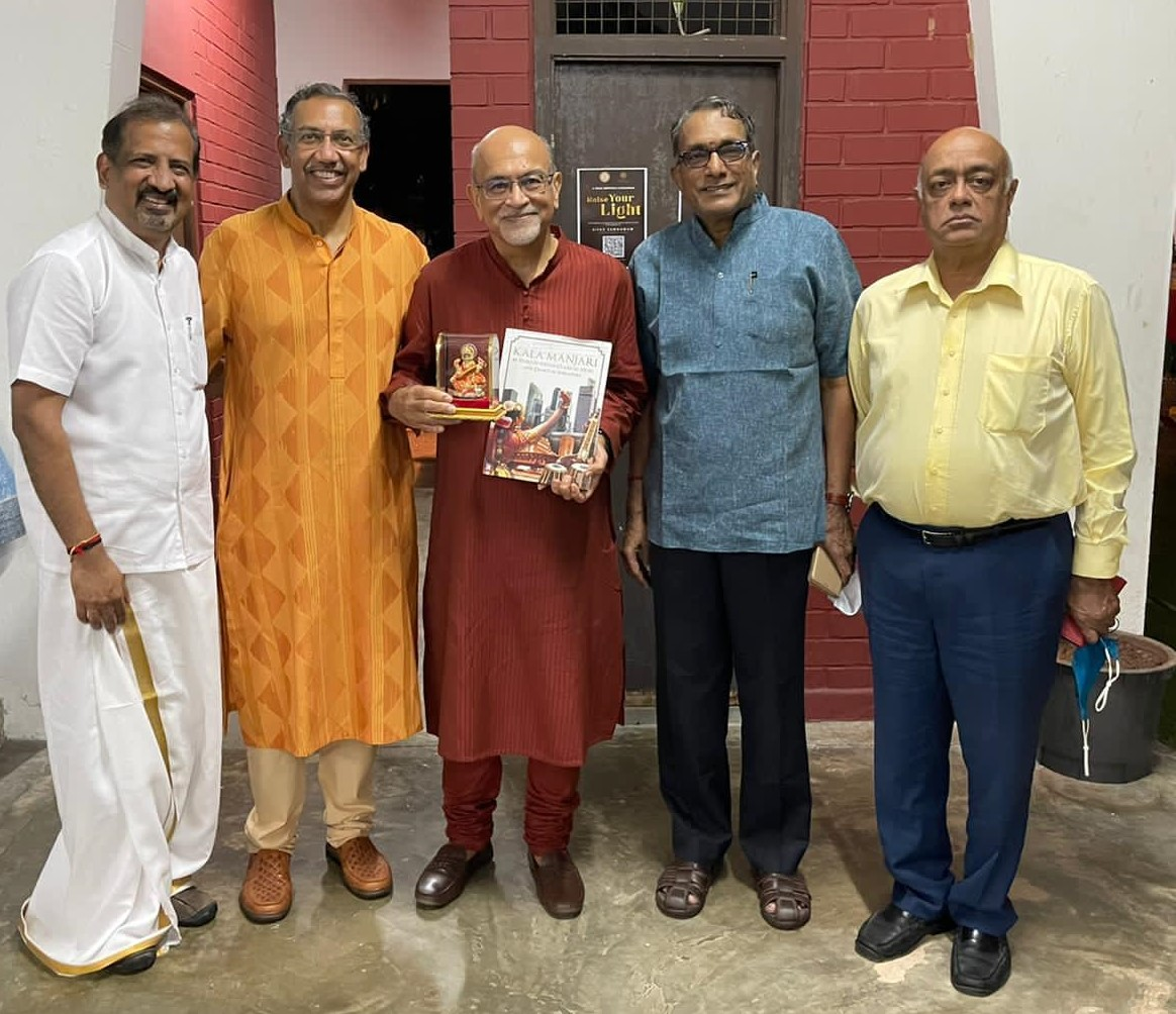 Left to Right: Mr. Venkat Padmanabhan, Mr. Puneet Pushkarna, Mr. Shabbir Hassanbhai, Mr. P S Somasekharan, Mr. R. Narayanamohan. Photo Courtesy: SIFAS