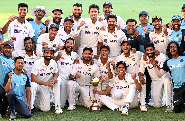 India won the test series against Australia 2-1 to retain the Border-Gavaskar Trophy. Photo courtesy: Twitter/@mayankcricket