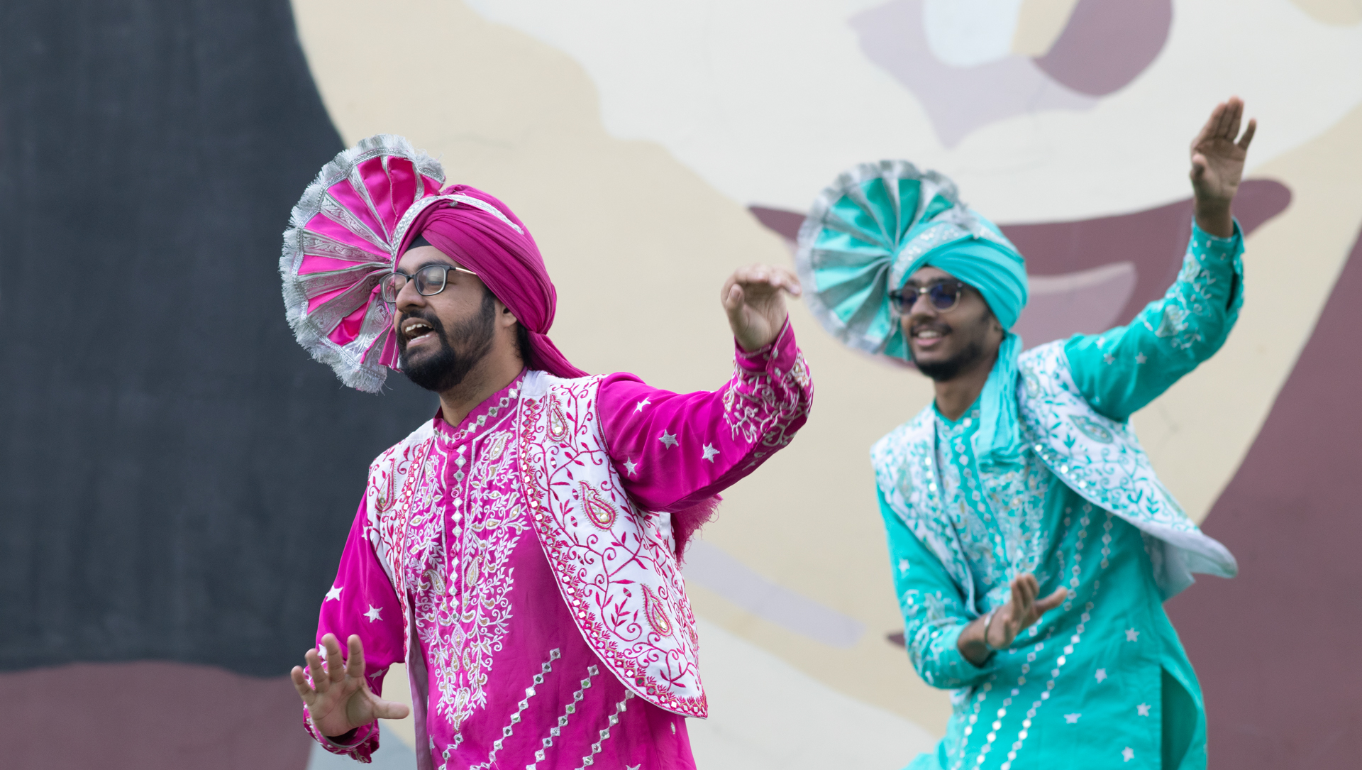 [Dance Performance] Bhangra by Jigri Yaar Bhangra. Photo Courtesy ARTWALK