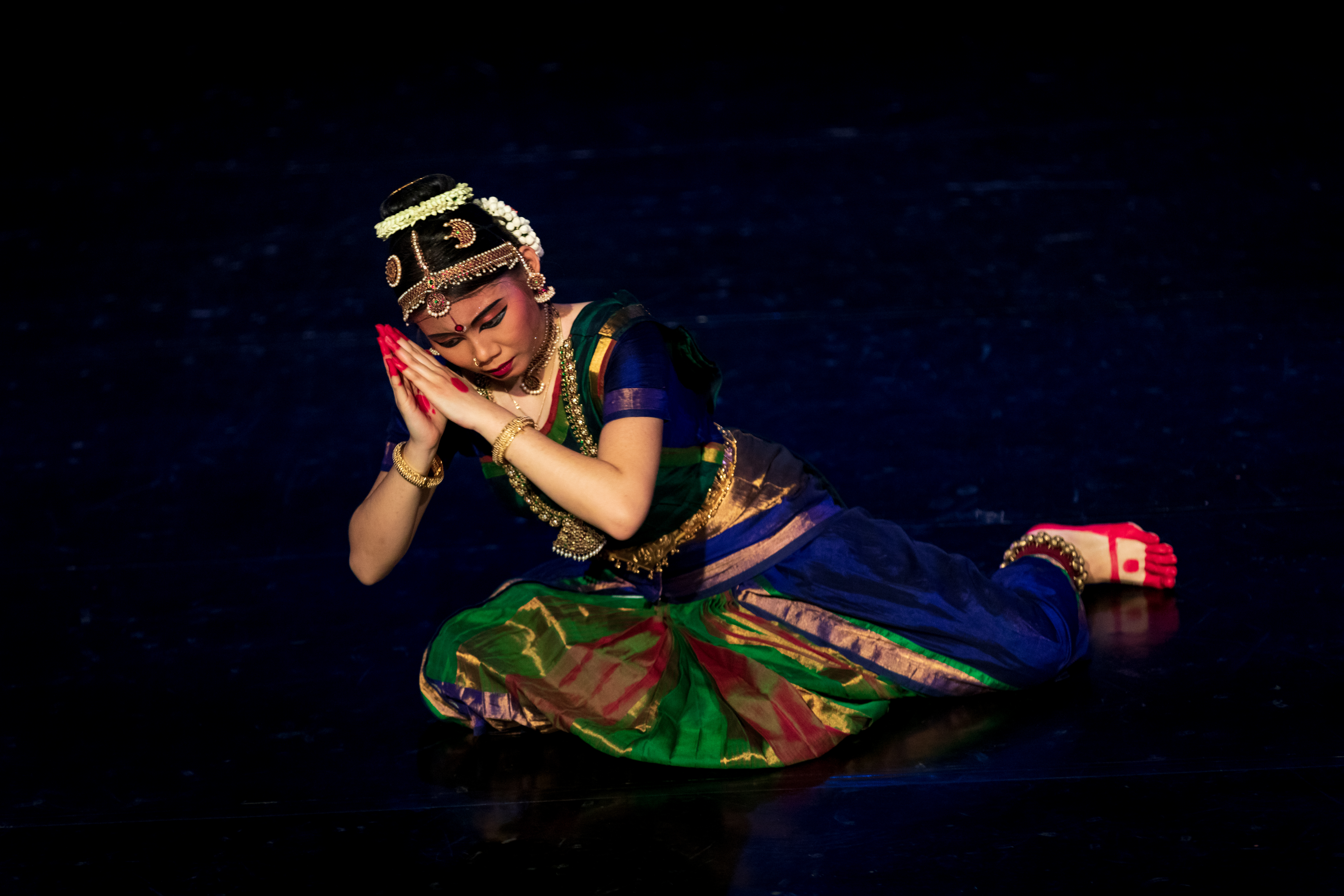 The confidence of this young dancer was seen right from her first performance, a Thodayamangalam showing love through bhakti or devotion in Jaya Janaki Ramana. Photo Courtesy: Apsaras Arts